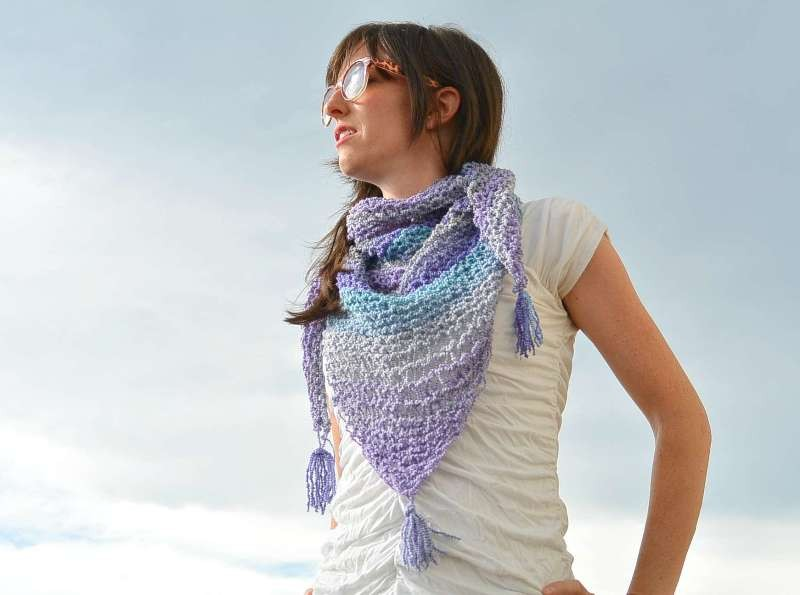knit-scarves-20 20+ Catchiest Scarf Trends for Women in 2020