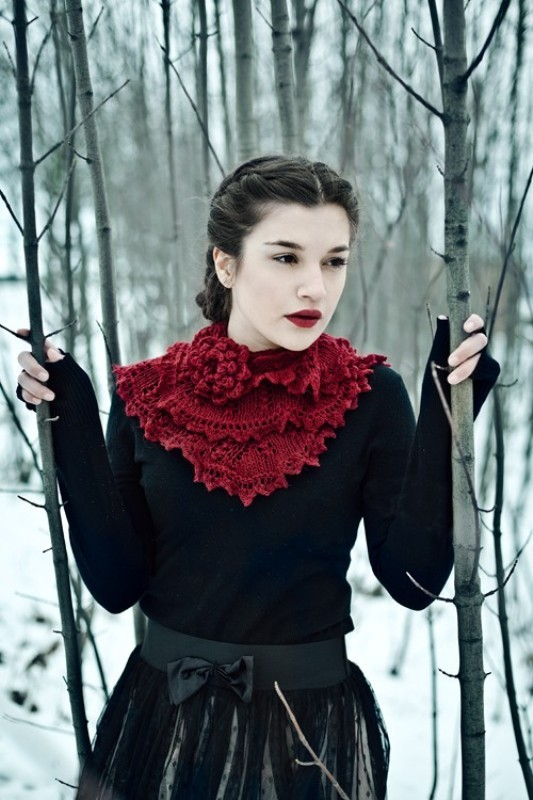 knit-scarves-3 20+ Catchiest Scarf Trends for Women in 2020