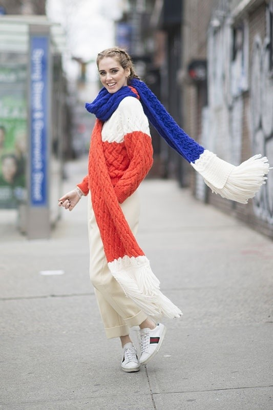 knit-scarves-8 20+ Catchiest Scarf Trends for Women in 2020