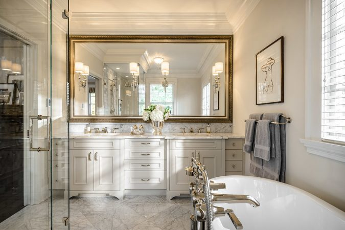 large-bathroom-mirror-675x450 27+ Trendy Bathroom Mirror Designs of 2017