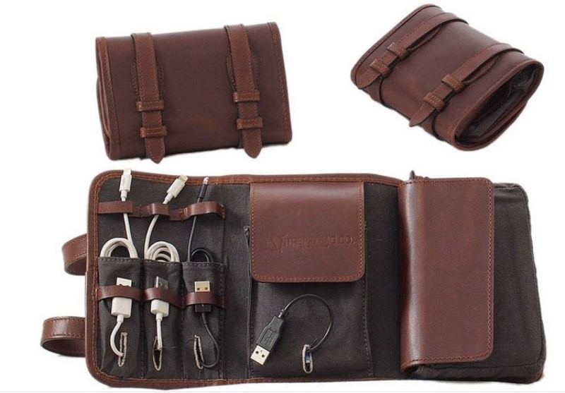 leather-tech-organizer 39 Most Stunning Christmas Gifts for Teens 2017