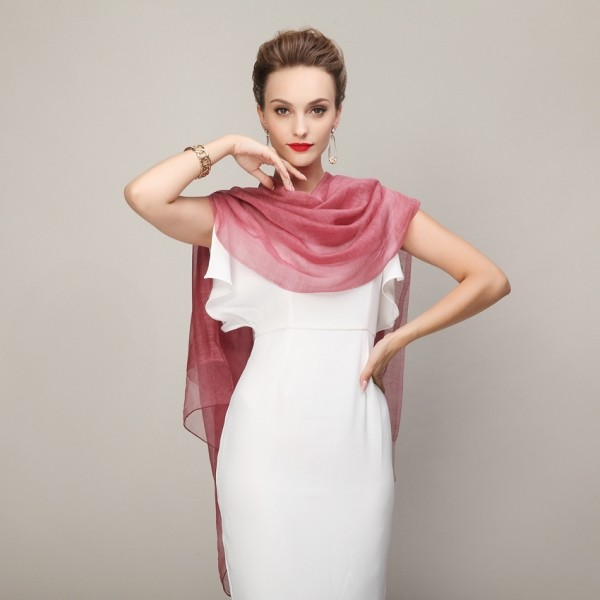 long-scarves-18 20+ Catchiest Scarf Trends for Women in 2020