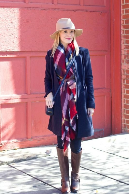 long-scarves-3 20+ Catchiest Scarf Trends for Women in 2020