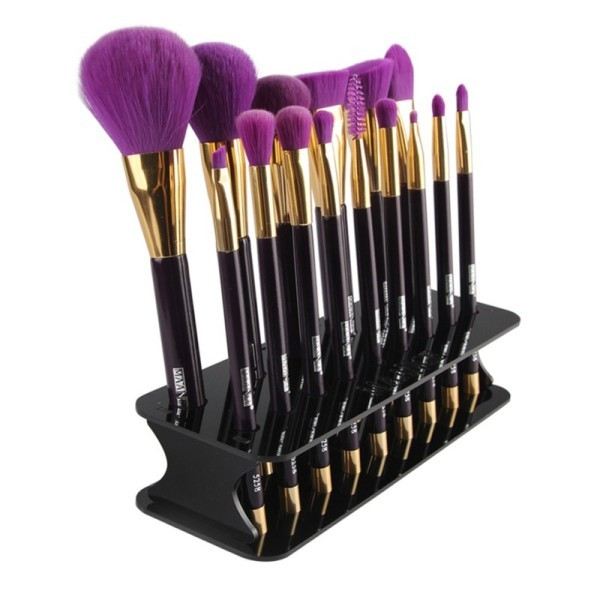 makeup-brush-holder-1 39+ Most Stunning Christmas Gifts for Teens 2018