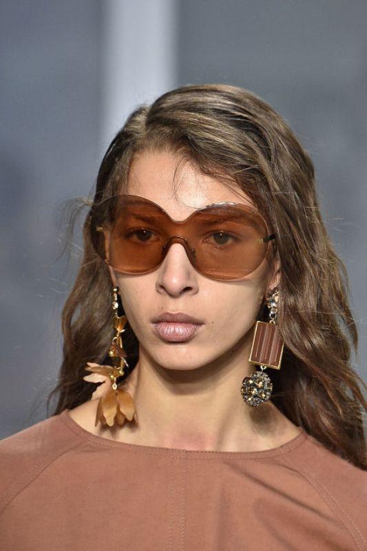 matching-clothing-2 Best 10 Hottest Eyewear Trends for Men & Women 2020