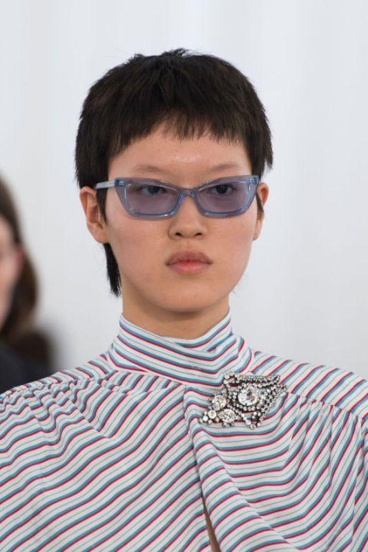 matching-clothing-4 Best 10 Hottest Eyewear Trends for Men & Women 2020