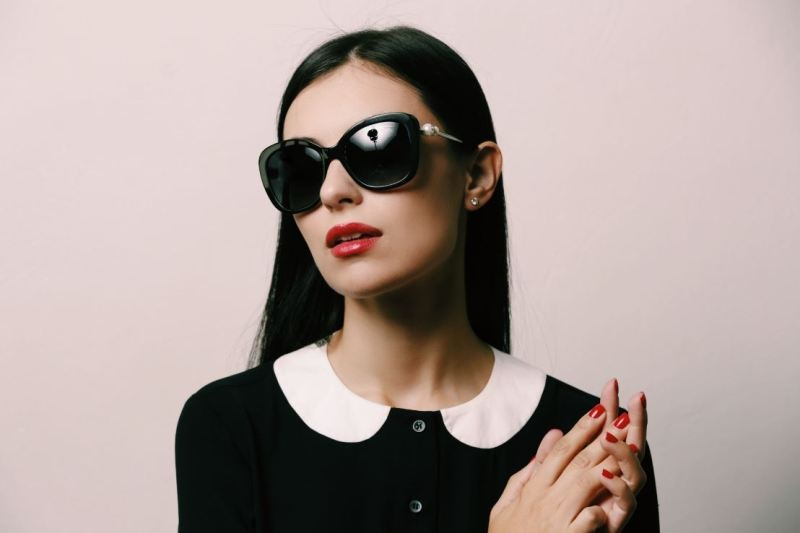 matching-clothing-6 Best 10 Hottest Eyewear Trends for Men & Women 2018