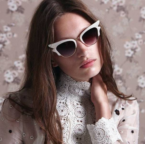 matching-clothing-7 Best 10 Hottest Eyewear Trends for Men & Women 2019