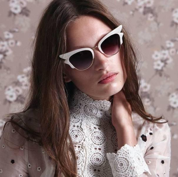 matching-clothing-7 Best 10 Hottest Eyewear Trends for Men & Women 2020