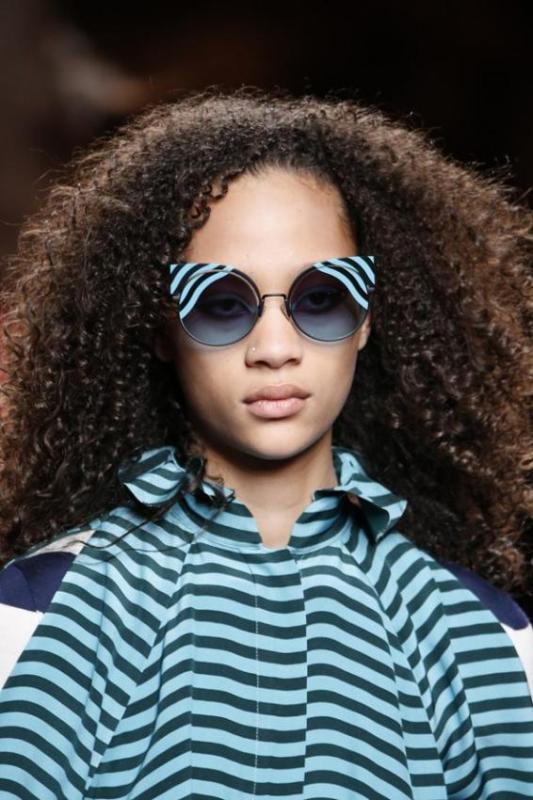 matching-clothing-8 Best 10 Hottest Eyewear Trends for Men & Women 2018