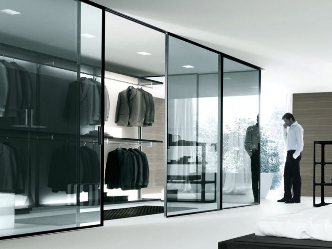 mirror-like-wardrobe-675x506 Most Stylish 6 Bedroom Wardrobes Design Ideas