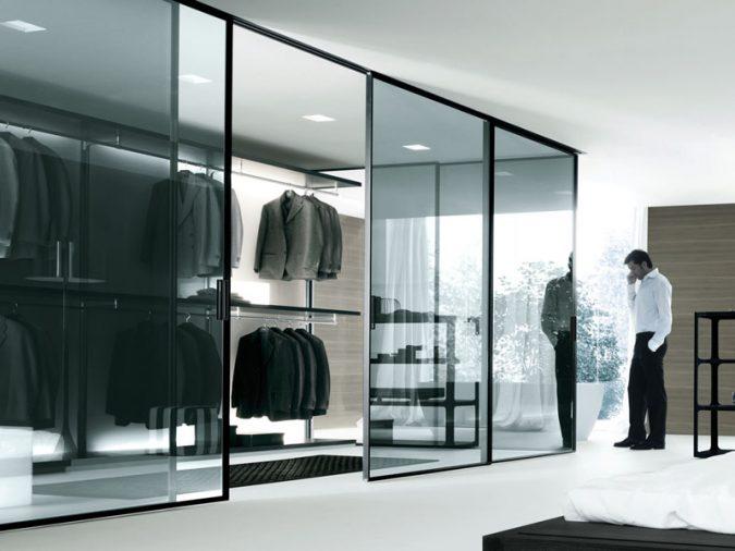 mirror-like-wardrobe-675x506 6 Brilliant Designs of Bedroom Wardrobes