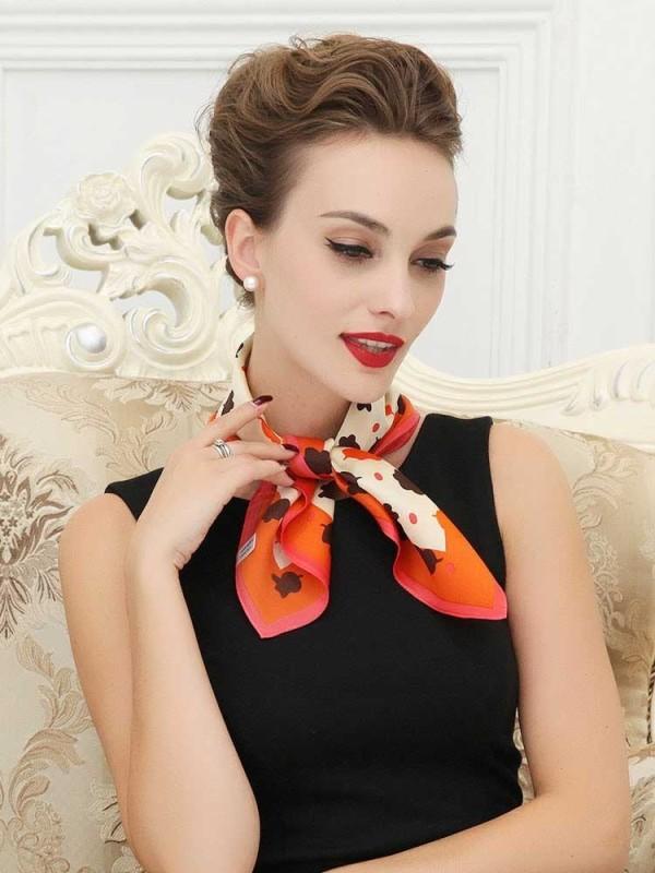 neckerchiefs-10 20+ Catchiest Scarf Trends for Women in 2020