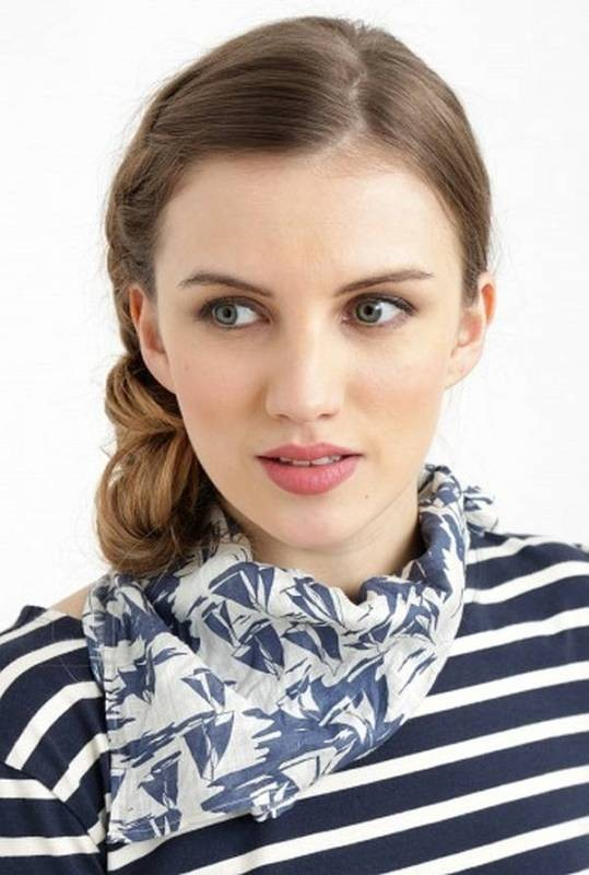 neckerchiefs-6 20+ Catchiest Scarf Trends for Women in 2018