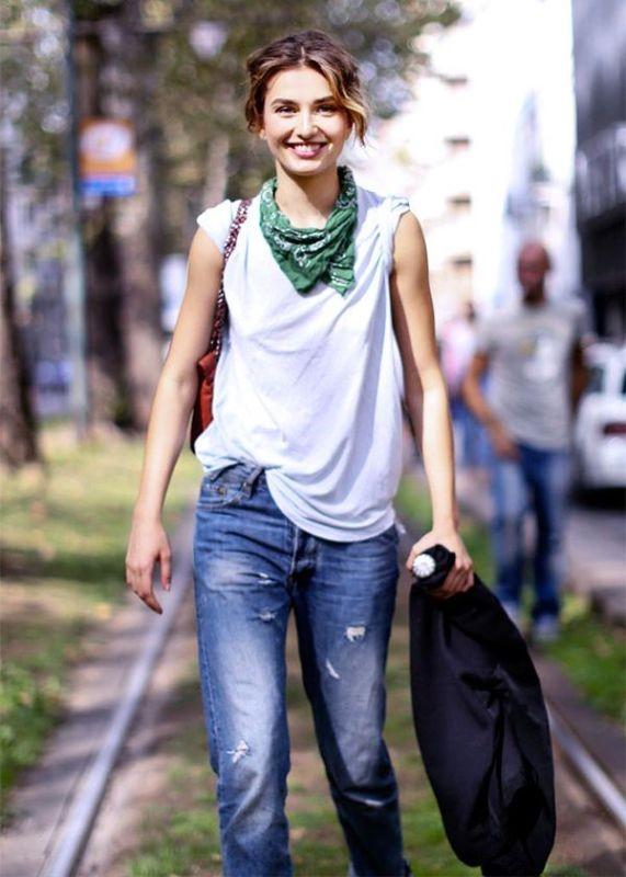 neckerchiefs-7 20+ Catchiest Scarf Trends for Women in 2020