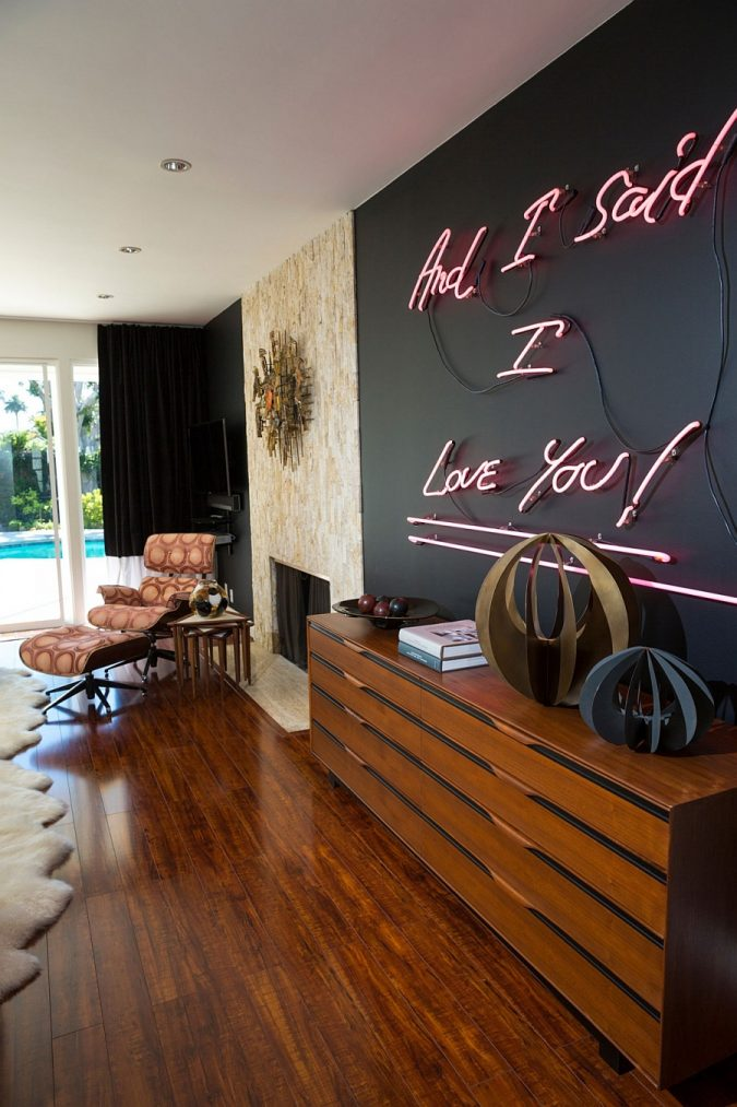 neon-signs-in-bedroom-675x1013 3 Tips to Help You Avoid Bankruptcy