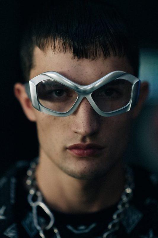 oversized-sunglasses-6 Best 10 Hottest Eyewear Trends for Men & Women 2020