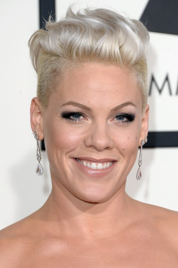 pink6-1-675x1016 15+ Fashionable Tremendous Celebrities' Hairstyles