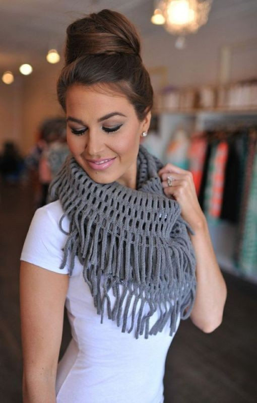 scarf-trends-2017-1 +20 Catchiest Scarf Trends for Women in 2017