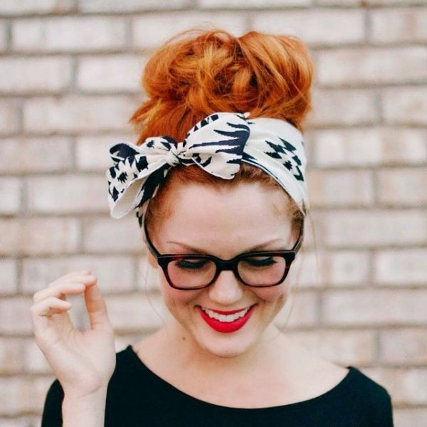 scarf-trends-2017-11 20+ Catchiest Scarf Trends for Women in 2020