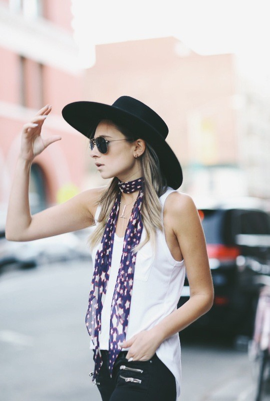 skinny-scarves-12 20+ Catchiest Scarf Trends for Women in 2020
