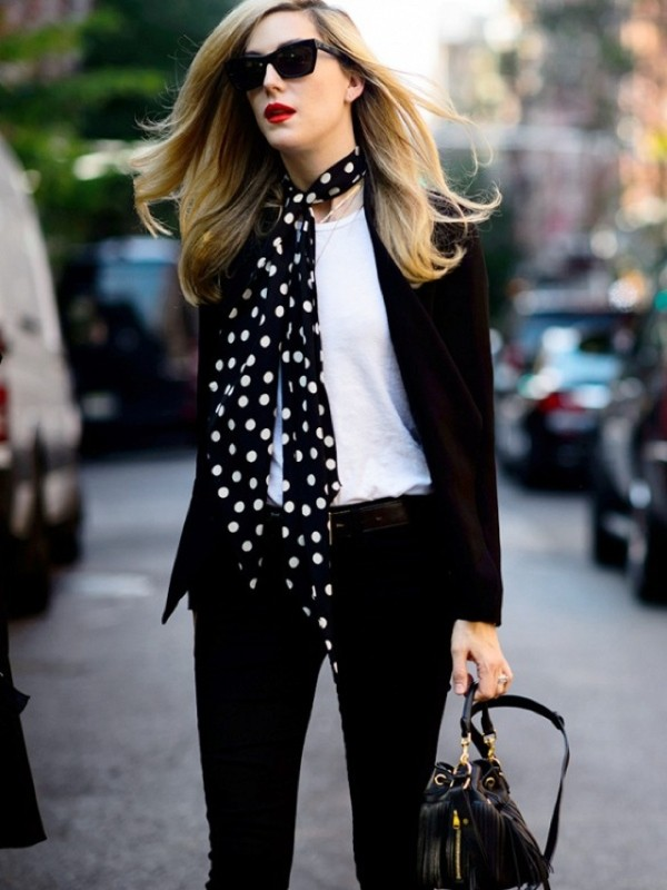 skinny-scarves-13 20+ Catchiest Scarf Trends for Women in 2020