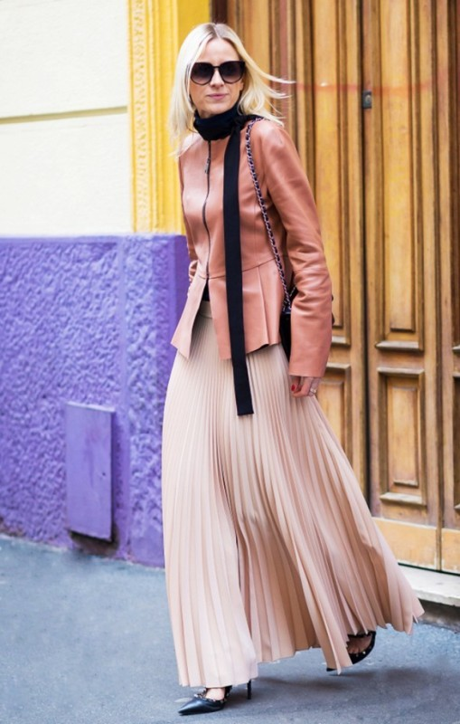 skinny-scarves-2 20+ Catchiest Scarf Trends for Women in 2020