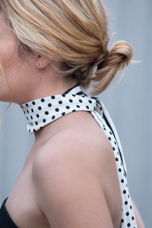 skinny-scarves-5 20+ Catchiest Scarf Trends for Women in 2020