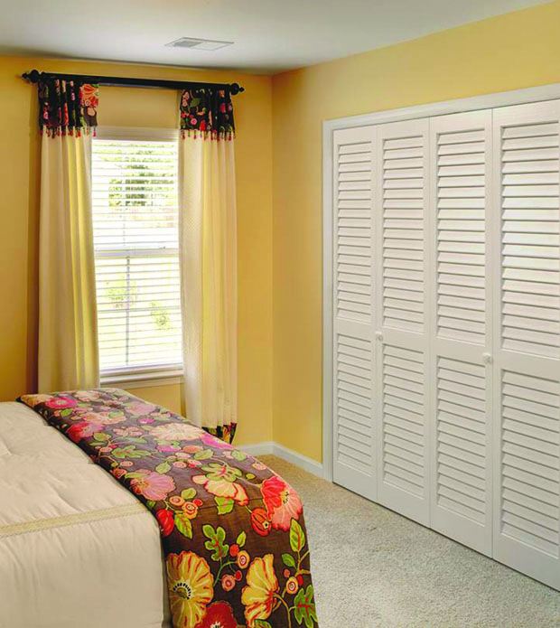 slatted-door-wardrobe4 Most Stylish 6 Bedroom Wardrobes Design Ideas