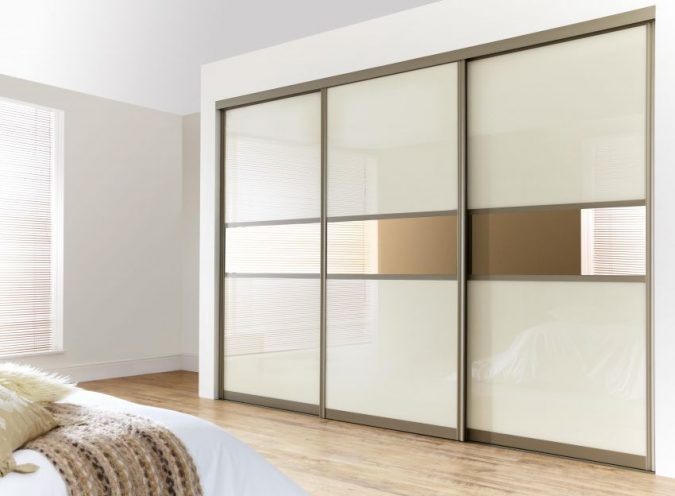 sliding-door-wardrobe2-675x496 6 Brilliant Designs of Bedroom Wardrobes