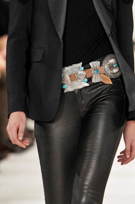 statement-belts 50+ Hottest Fashion Trends for Teenage Girls in 2020