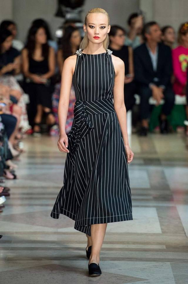 strips 6 Hottest Fashion Trends of Spring & Summer 2020