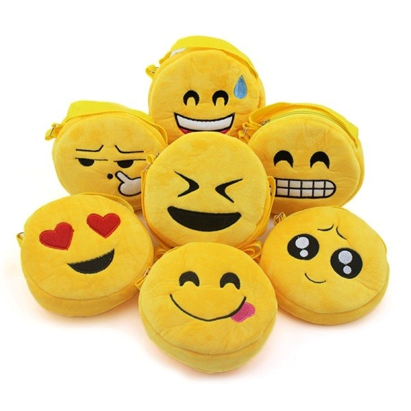 stunning-emoji-bags-2 50 Affordable Gifts for Star Wars & Emoji Lovers
