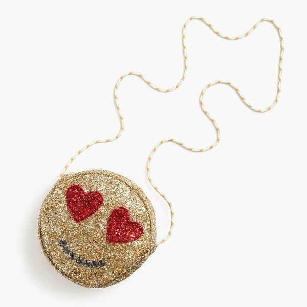 stunning-emoji-bags-6 50 Affordable Gifts for Star Wars & Emoji Lovers
