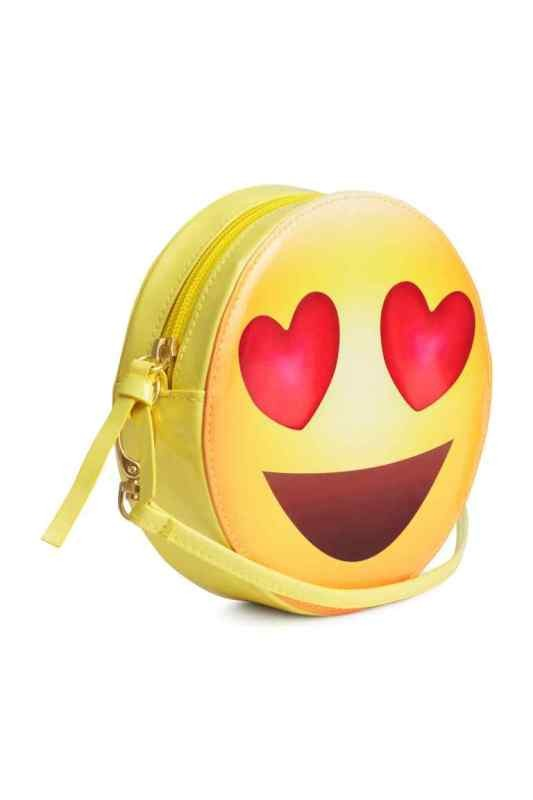 stunning-emoji-bags 50 Affordable Gifts for Star Wars & Emoji Lovers