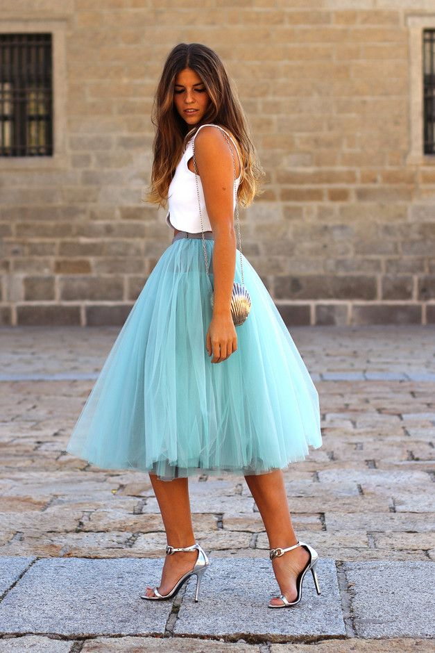 turquoise-tulle-skirt-outfit-midi 25+ Women Engagement Outfit Ideas Coming in 2018