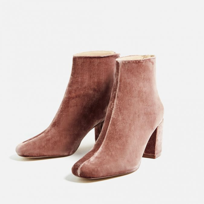 velvet-women-boots5-675x675 5 Stylish Women Shoe Trends for 2020