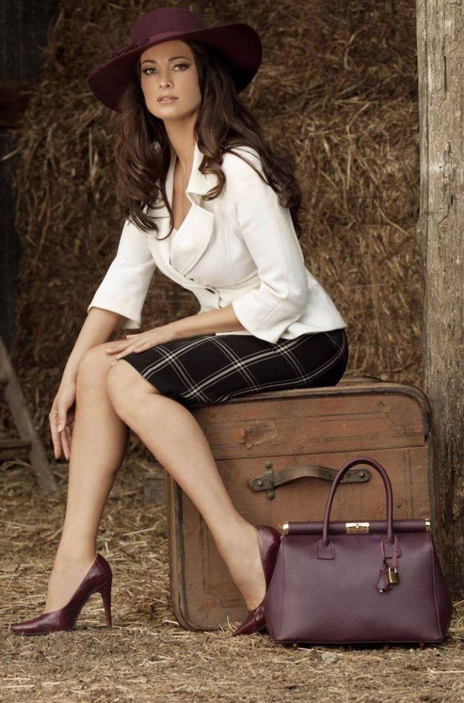 woman-wearing-Stilettos-675x1021 5 Main Women Shoe Trends for 2018