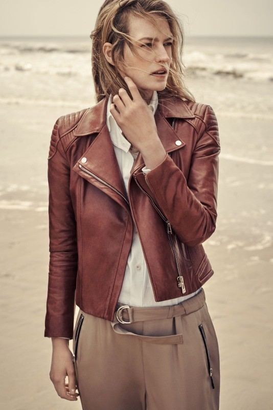 women-leather-jackets-2017-26 80+ Most Stylish Leather Jacket Trends for Women (Updated List)