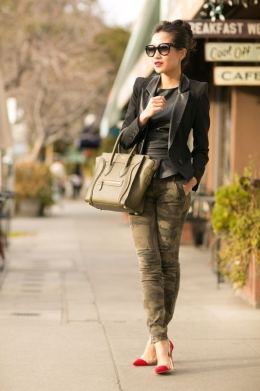 women-leather-jackets-2017-32 80+ Most Stylish Leather Jackets for Women in 2018