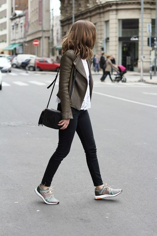 women-leather-jackets-2017-33 80+ Most Stylish Leather Jacket Trends for Women (Updated List)