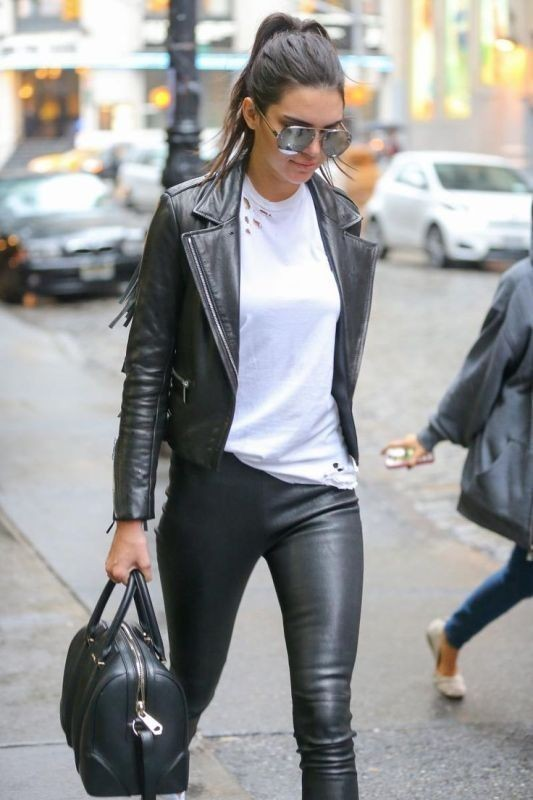 women-leather-jackets-2017-36 80+ Most Stylish Leather Jackets for Women in 2018
