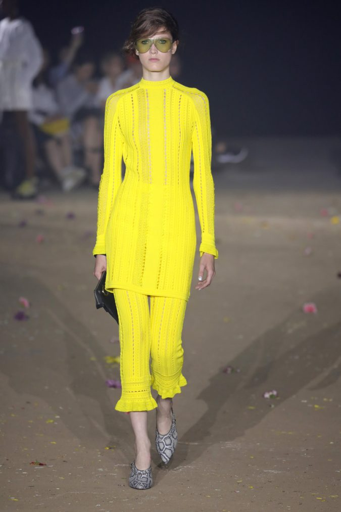 yellow-outfits11-675x1013 6 Hottest Fashion Trends of Spring & Summer 2020