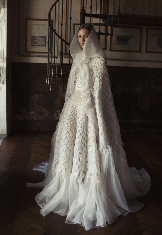 Alberta-Ferretta-wedding-dress-675x980 2018 Wedding dresses Trends for a Gorgeous-looking Brid