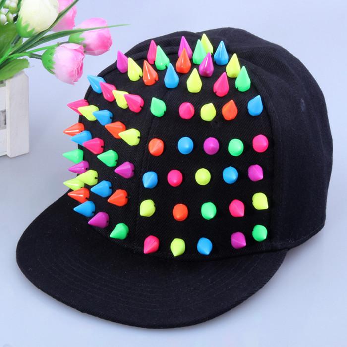 Big-Brimmed-Hats1 10 Women's Hat Trends For Summer 2020