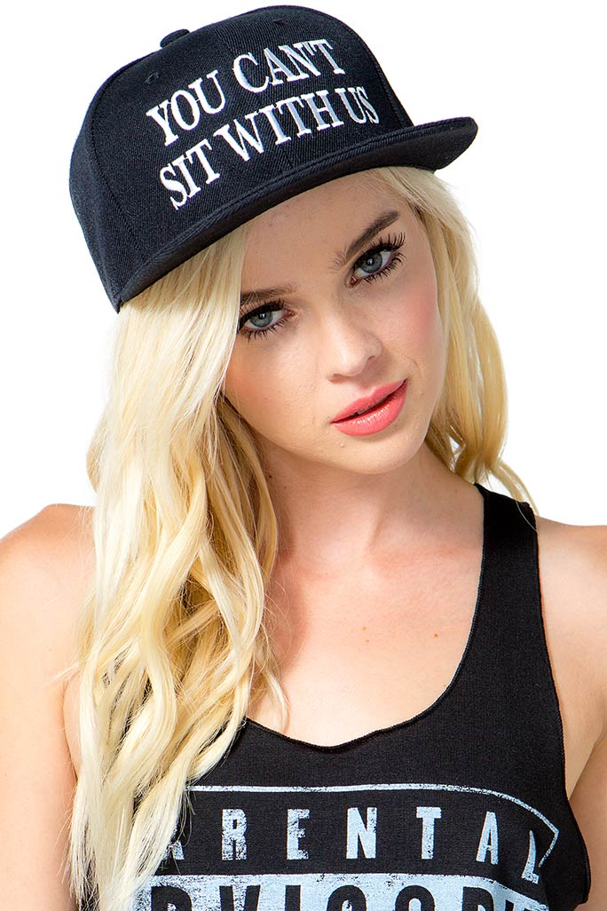 Big-Brimmed-Hats2 10 Women's Hat Trends For Summer 2020
