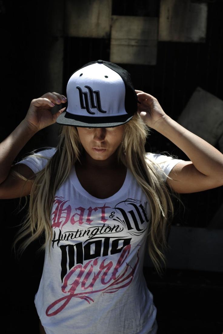 Big-Brimmed-Hats4 10 Women's Hat Trends For Summer 2020