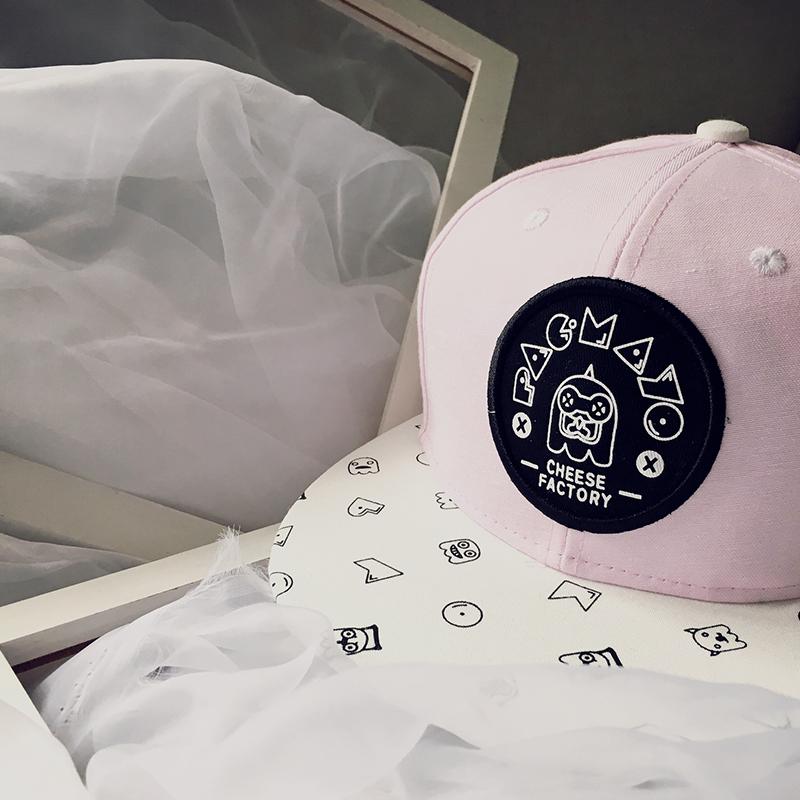 Big-Brimmed-Hats5 10 Women's Hat Trends For Summer 2020