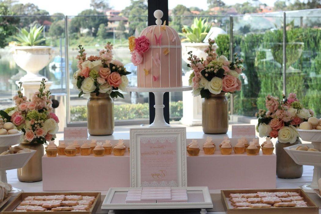 Cake-Table1 10 Best Outdoor Wedding Ideas in 2017
