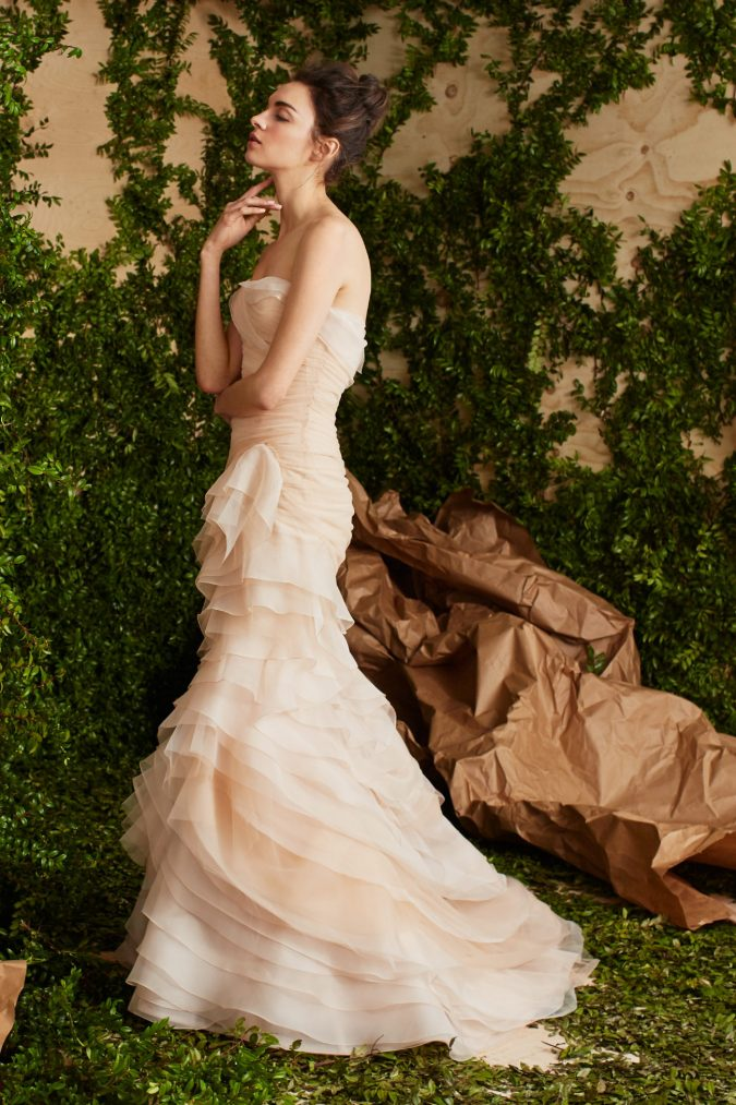 Carolina-Herrera-675x1013 +25 Wedding dresses Design Ideas for a Gorgeous-looking Bride in 2020